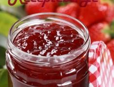 Fresh strawberry jam in a jar