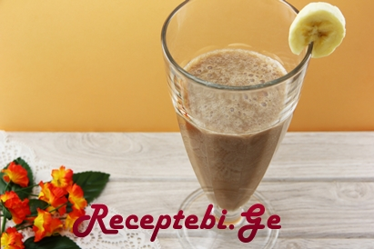 Make-a-Blended-Chocolate-Covered-Banana-Cocktail-Step-5