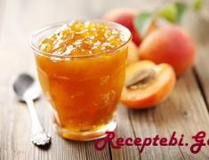 peach-jam-with-goji-berries-2