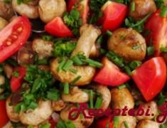 MushroomTomato-and-Chive-Salad-640x372
